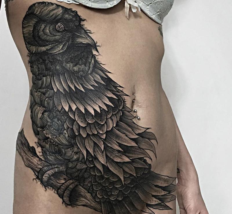 мрачное очарование татуировок блэкворк1