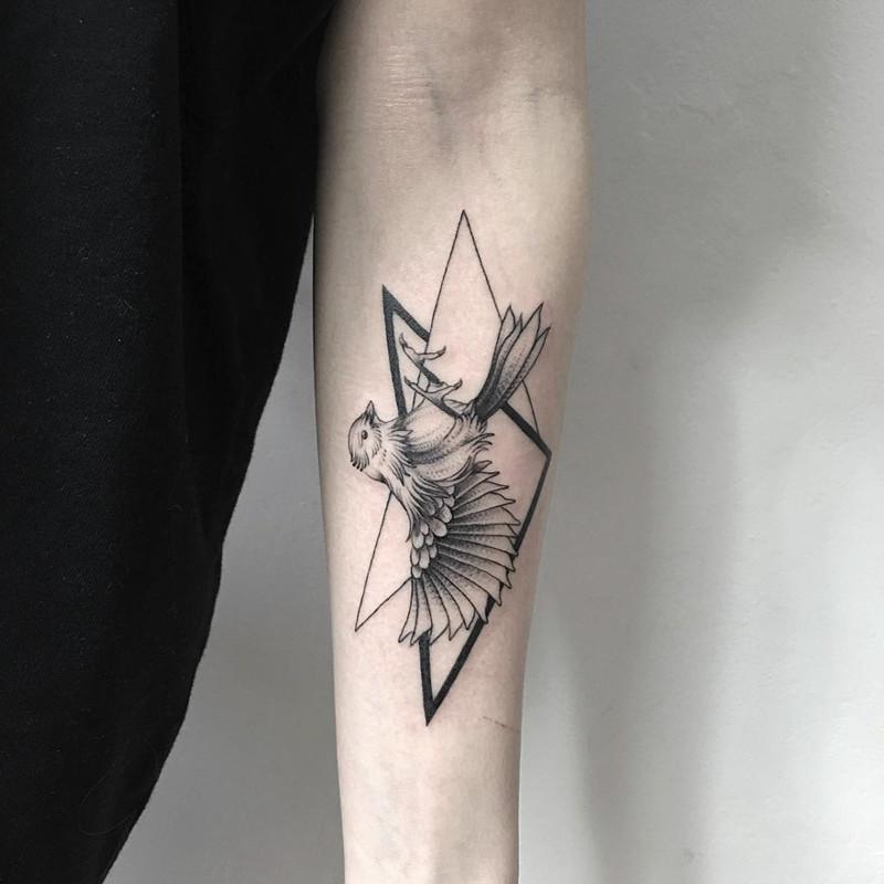 мрачное очарование татуировок блэкворк10