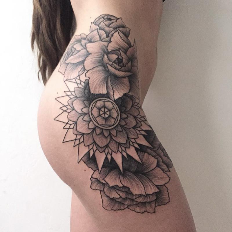 мрачное очарование татуировок блэкворк15