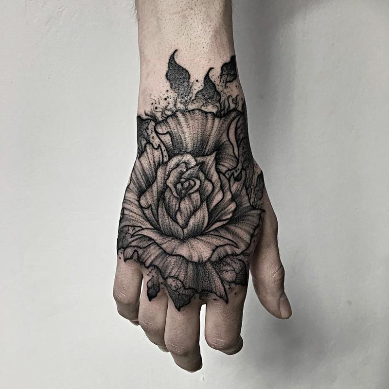 мрачное очарование татуировок блэкворк17