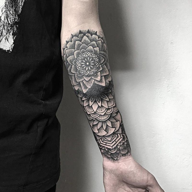 мрачное очарование татуировок блэкворк23