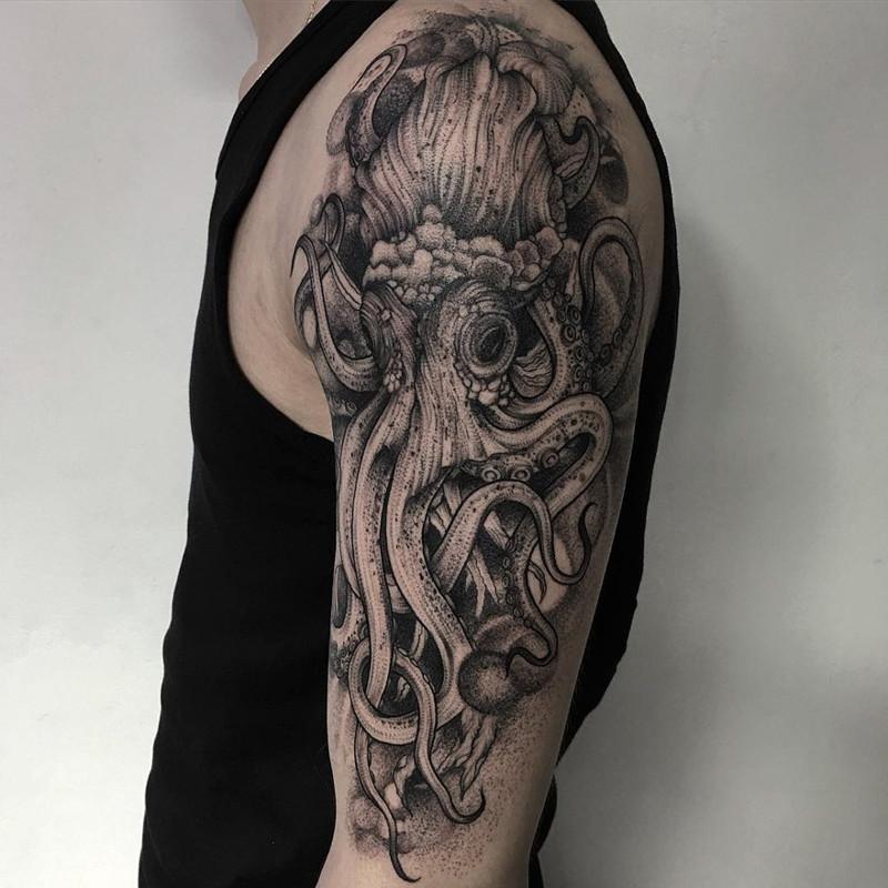 мрачное очарование татуировок блэкворк36