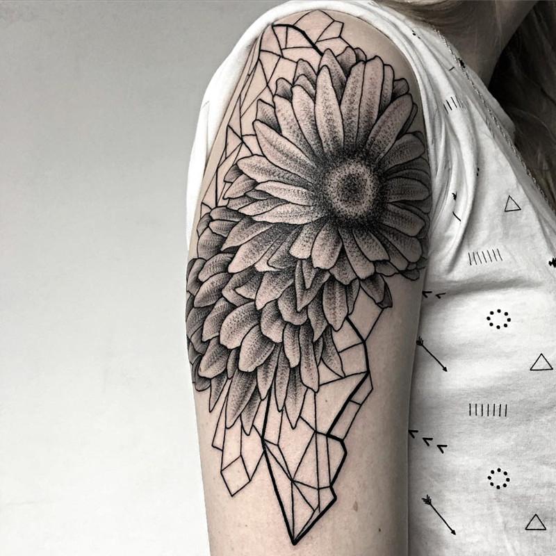 мрачное очарование татуировок блэкворк4